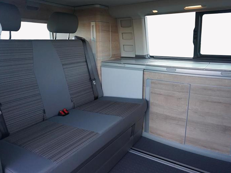 VW California Coast 6.1 Interior Seating